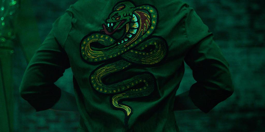 still_green_cobra